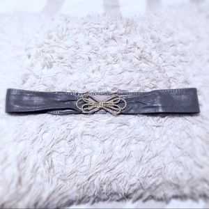 Vintage Asphalt Gray leather statement belt!
